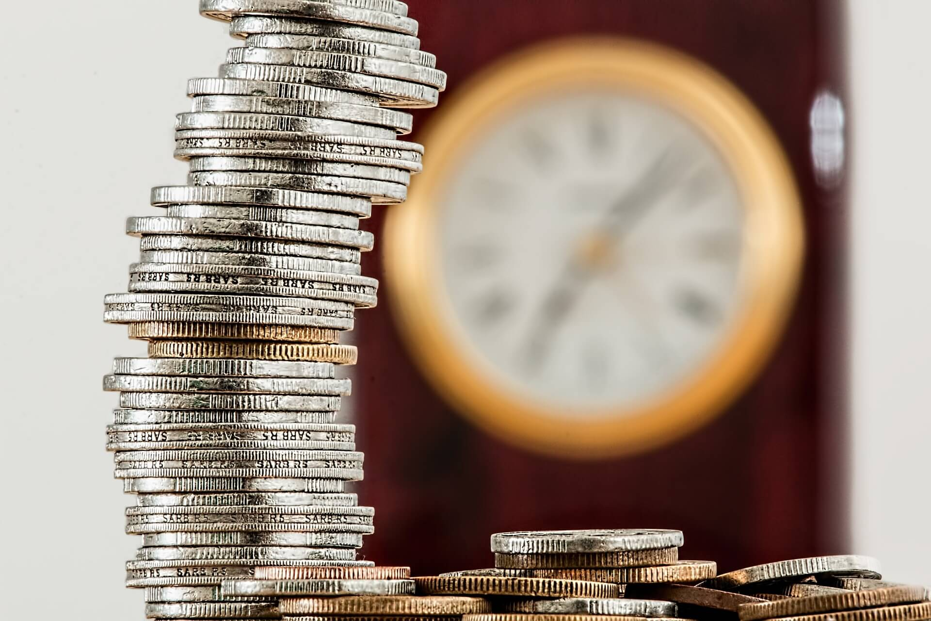 FXの証拠金とは?<有効・余剰・維持率の違いと「計算方法」について解説>【2019年4月更新】